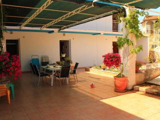 Studioapartment Yerkovic - Marina vacation rentals