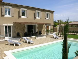 Clos des oliviers - Saint-Remy-de-Provence vacation rentals