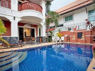 Villa Thiery with private pool - Pattaya vacation rentals