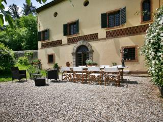 Charming villa with panoramic view only 5km from L - Lucca vacation rentals