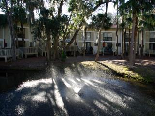 Walk to Beach, family friendly Villa - Hilton Head vacation rentals