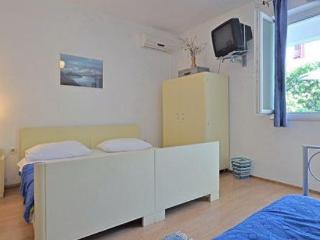 Sandy beach private apartment - Omis vacation rentals