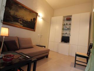 Appartamento Rosi - Parma vacation rentals