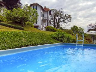 Chic villa with pool overlooking the lake - Lombardy vacation rentals