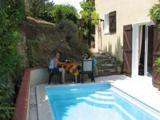 Tullygarrow - Villelongue-dels-Monts vacation rentals