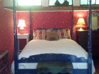 ground floor garden room - Lee vacation rentals