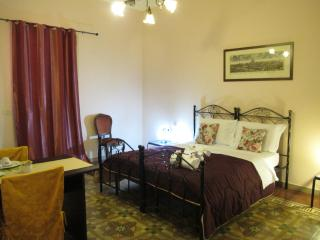 B & B 95th Regiment economic double room - Lecce vacation rentals