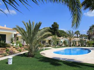 Vila Balaia - Your private villa away from home - Albufeira vacation rentals