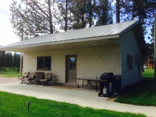 Heart of Black Hills, Borders National Forest - Hot Springs vacation rentals