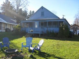 Ballston lakefront cottage - Ballston Lake vacation rentals