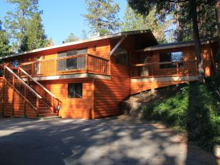 Yosemite and Bass Lake!  Best of Both Worlds! - Oakhurst vacation rentals
