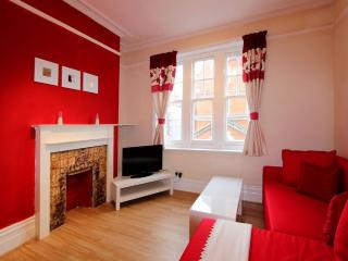 Central London Flat with free wi-fi - London vacation rentals