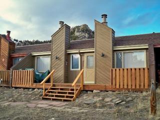 Great views and outdoor pool - Hallett Peak - Grand Lake vacation rentals
