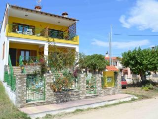 Cozy Maisonette at Nikiti, Sithonia, Chalkidiki - Nikiti vacation rentals