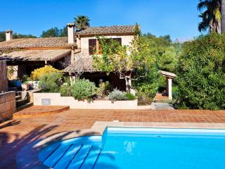 Beautiful stone finca set in 10,000 sq m of almond, fig, orange and lemon trees - Buger vacation rentals