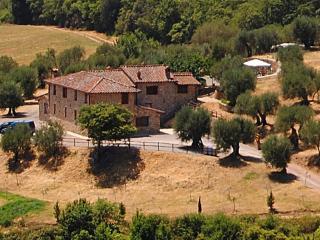B&B In Umbria, between Perugia and Lake Trasimeno - Perugia vacation rentals