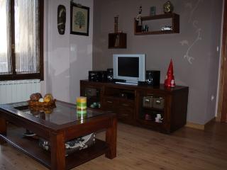Precioso apartamento en Biescas - Aragon vacation rentals
