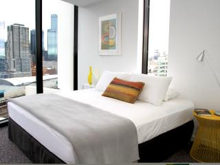 City Edge Top Views! 1 BR FREE WIFI - Melbourne vacation rentals