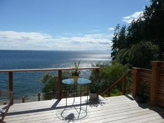 Gibsons Oceanfront - Designers 3 br Beach House - Sunshine Coast vacation rentals