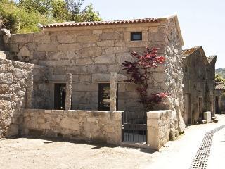 RH Casas de Campo Design - Kiko House - Terras de Bouro vacation rentals