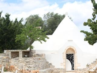 Trullo Leonzio - Ceglie Messapica vacation rentals