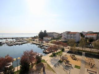 PETRCANE PUNTA SKALA SEAFRONT O APARTMENT  SLEEP 4 - Petrcane vacation rentals