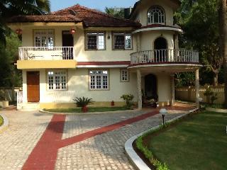 Casa de Jardin Varca South Goa - Varca vacation rentals