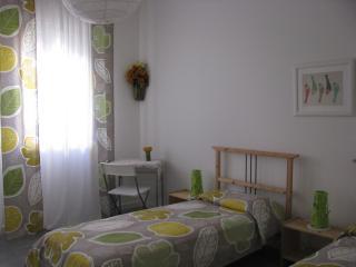 al piccolo giglio - Padua vacation rentals