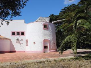 Moinho Azoia - Colares vacation rentals