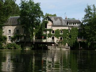 le moulin de Monts water mill ground floor - Monts vacation rentals