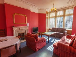 Flat5@cathedral road - Cardiff vacation rentals