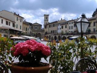 IN THE HEART OF GREVE IN CHIANTI - Greve in Chianti vacation rentals