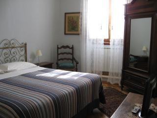 Bed & Kitchen Borgo 8 - San Casciano in Val di Pesa vacation rentals