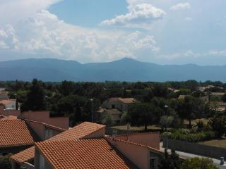 Proche Port Saint Cyprien - Saint-Cyprien vacation rentals