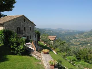 Farmhouse Colle Cesoni - Rieti vacation rentals