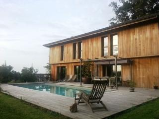 Superbe villa bois vue océan - Saint-Jean-de-Luz vacation rentals