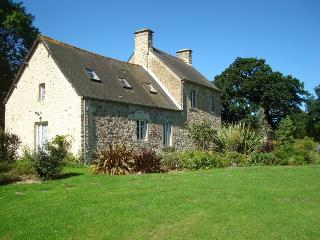 Cottage near Cherbourg - Sainte-Mere-Eglise vacation rentals