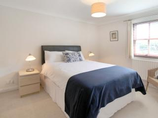 Apartment No 4 Lawdon Court - Wilmslow vacation rentals