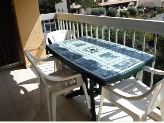 Appartement proche du centre ville  F347 - Saint-Maxime vacation rentals