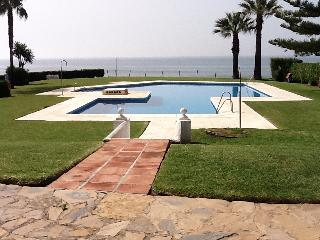 Calahonda beach - Sitio de Calahonda vacation rentals