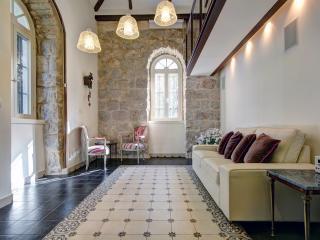 Best Location 5 stars Templer - Jerusalem vacation rentals