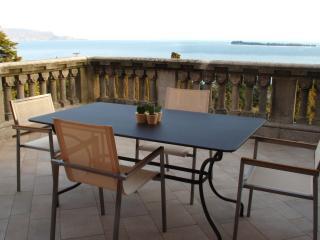 Alloro - Gardone Riviera vacation rentals