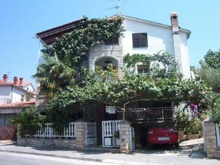 Pula Apartments Jole - Apt A2 - Pula vacation rentals