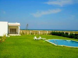El Fell Maamoura Dar Oufa Beach - Nabeul vacation rentals
