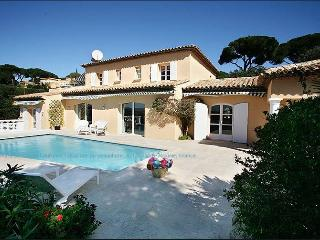 Villa d'exception - Vue mer - Piscine - 10/12 - Saint-Maxime vacation rentals