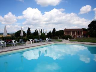Agriturismo Le Docce (2+2) - Castelfiorentino vacation rentals