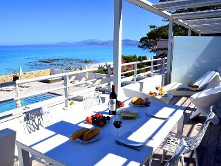 Luxury Apartment - 1st floor - Ile Rousse vacation rentals