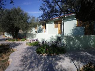 Manna House Lodge - L'Ampolla vacation rentals