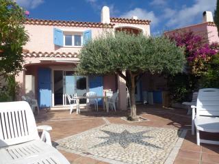 Great Villa sea view, jacuzzi - Cavalaire-Sur-Mer vacation rentals