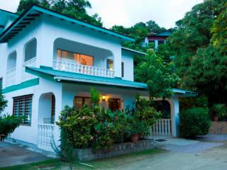 Le Manglier Guest House - Mahe Island vacation rentals